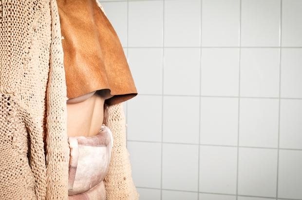 kulturenkleid - nackt unter nackten